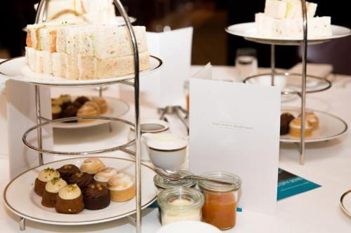 Jam on Your Collar - WIRV Park Hyatt High Tea-0023